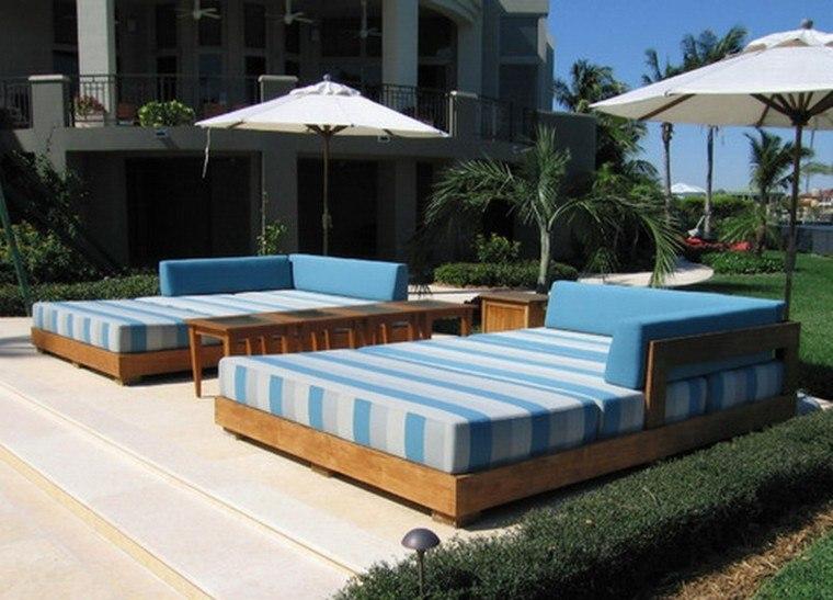 camas madera jardin celeste rayas