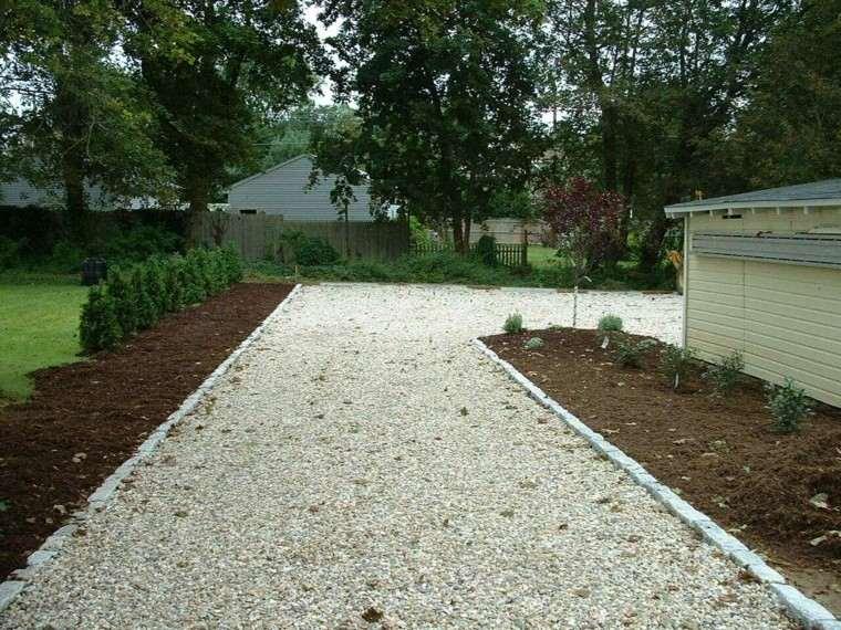 caminos de guijarros jardin sendero