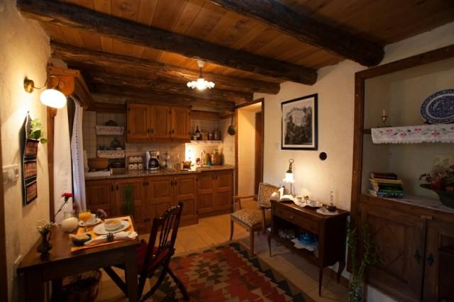 casa campo techo madera estilo rustico