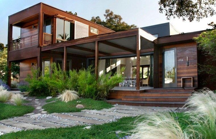 casa jardin hormigon rocas losas madera