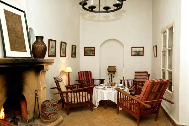 chimenea vieja mesa baja estilo marroqui campestre
