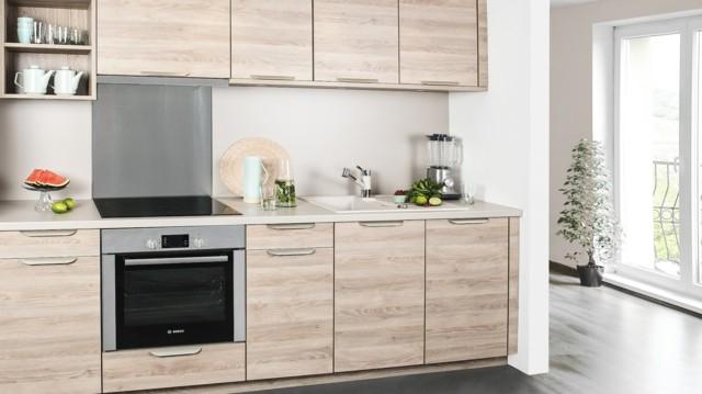 cocina amplia madera encimera idea moderna estilo