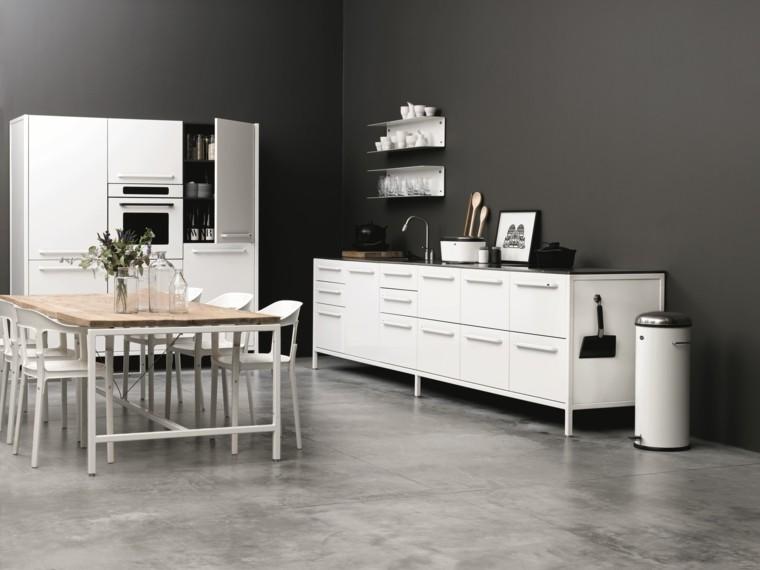 cocina blanca amplia mesa grande armarios ideas