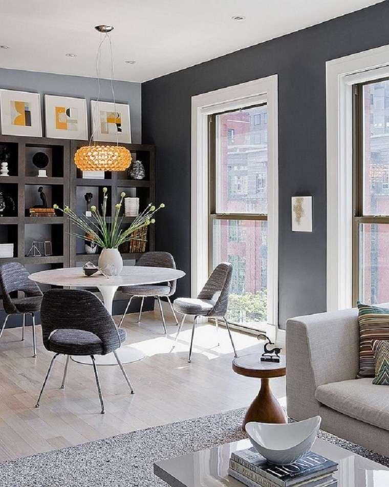 comedores y decoración jarron sillas cuadros luz natural
