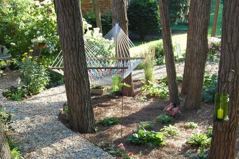 como diseñar un jardin hamaca arboles sendero