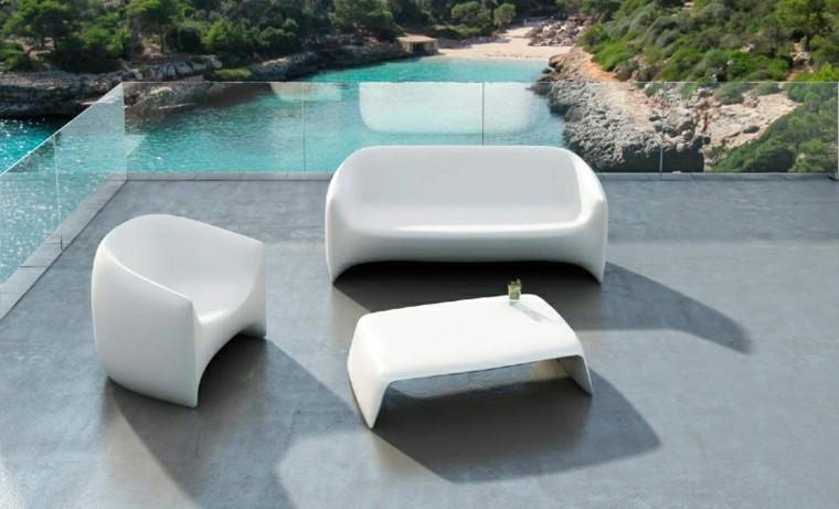 conjunto sillones minimalistas blancos exterior - Sillones Exterior