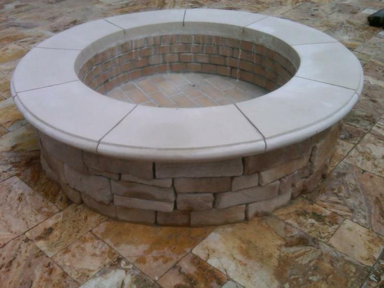 construccion patio hoguera fuego mozaico