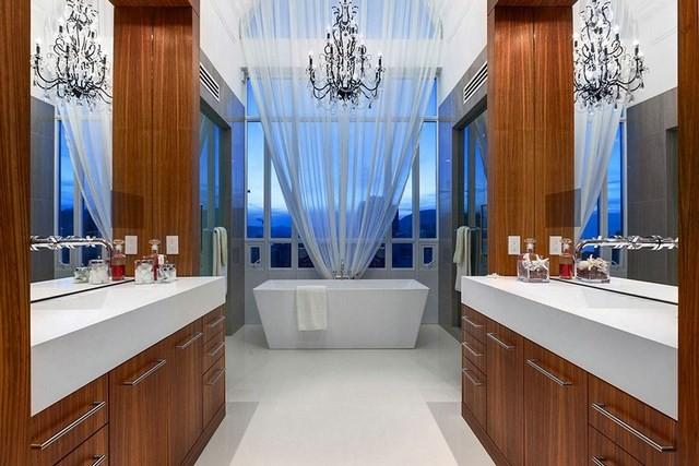 cuartos de baño cortinas elegante diseño madera
