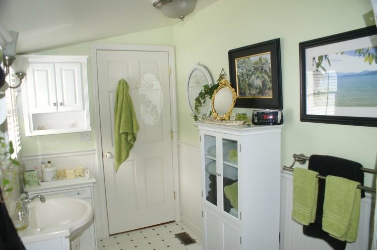 decoracion baños pequeños cortinas mobiliario cuadros