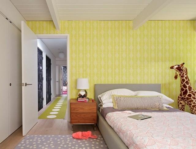 decoración de dormitorios infantiles amarillo lámpara
