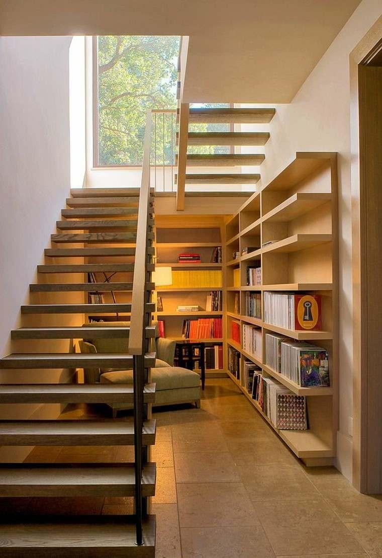 decoración de interiores para lecturas madera calido escaleras