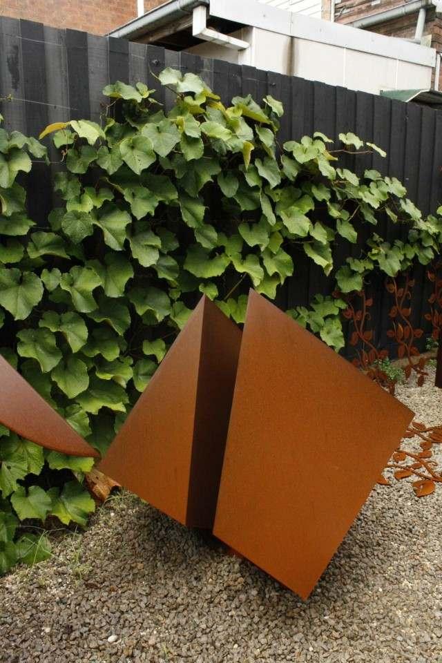 decoracion moderno planta grava escultura