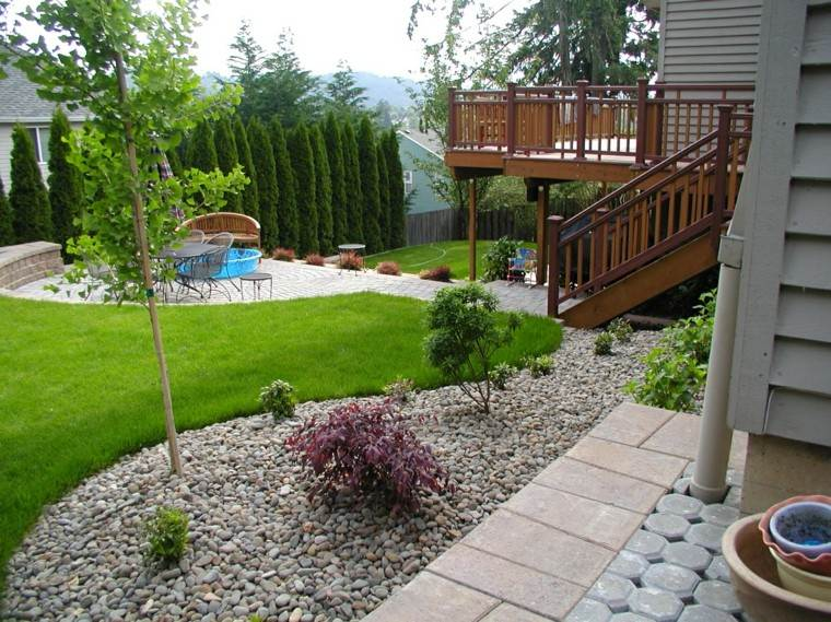 diseñar un jardin rocas terraza patio escaleras