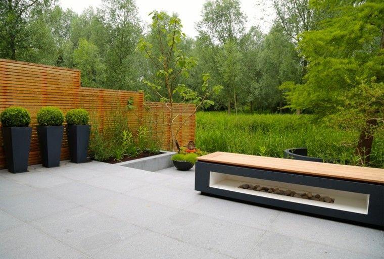 diseno de jardines modernos Rosemary Coldstream hormigon macetas negras ideas