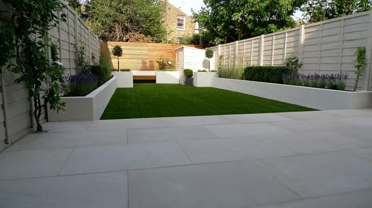diseño de jardines modernos suelo hormigon cesped minimalista ideas