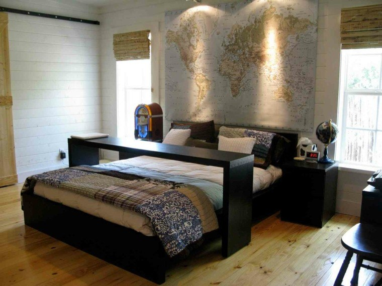 dormitorio cabecero cama mapamundi