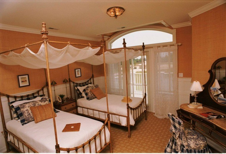 Decoracion rustica para los dormitorios juveniles - Dormitorio dos camas ...