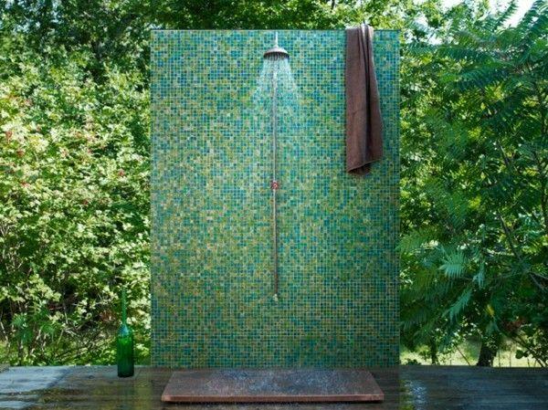 ducha mosaico azul jardin plato