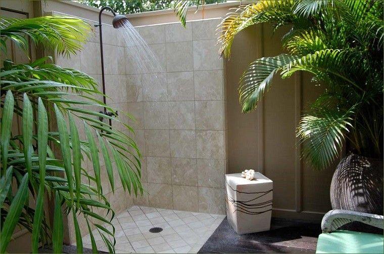 ducha patio rica exterior plantas