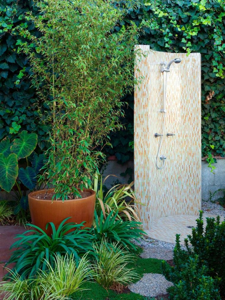 Duchas para exteriores vive de cerca la naturaleza for Duchas planas