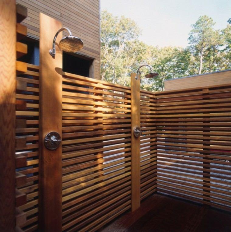 Duchas para exteriores vive de cerca la naturaleza - Cierres de madera ...