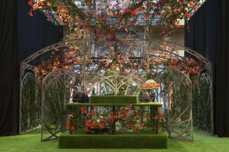 el tiempo ideas igeniosas jardin flores cesped pergola