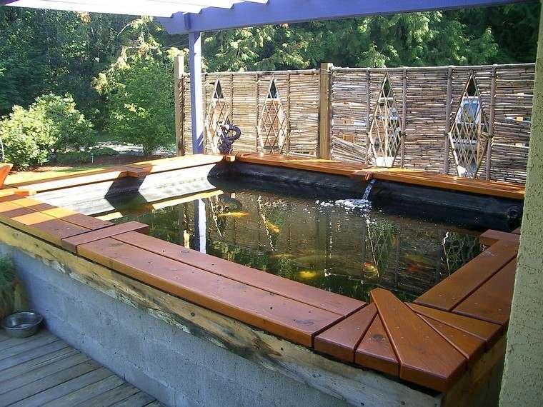 estanque alto madera peces hormigon