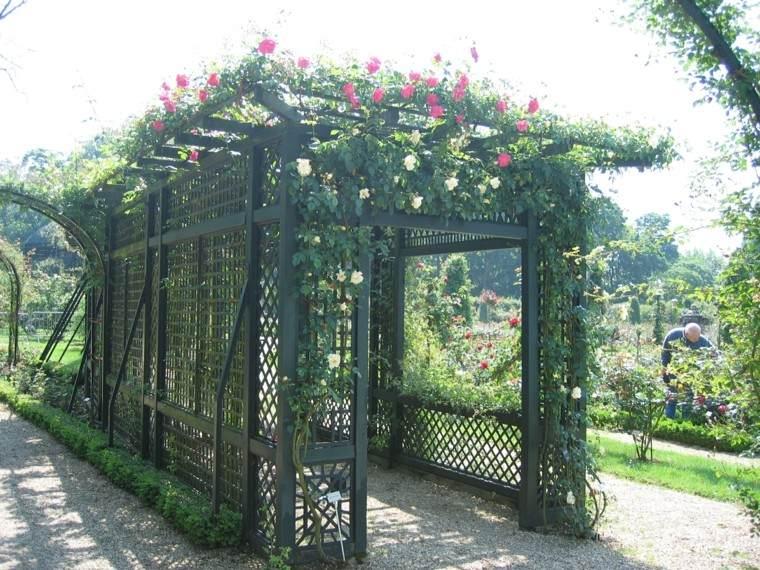 estilo jardin casa rejas metal rosas ideas