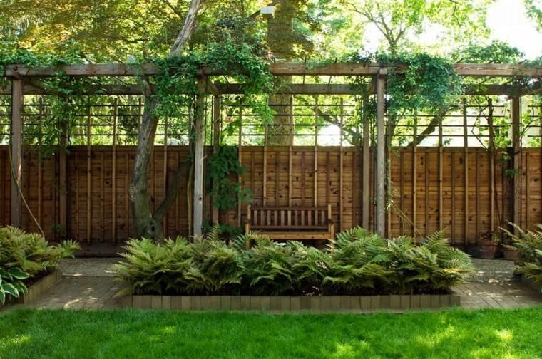 estilo jardin moderno pergola plantas ideas madera valla