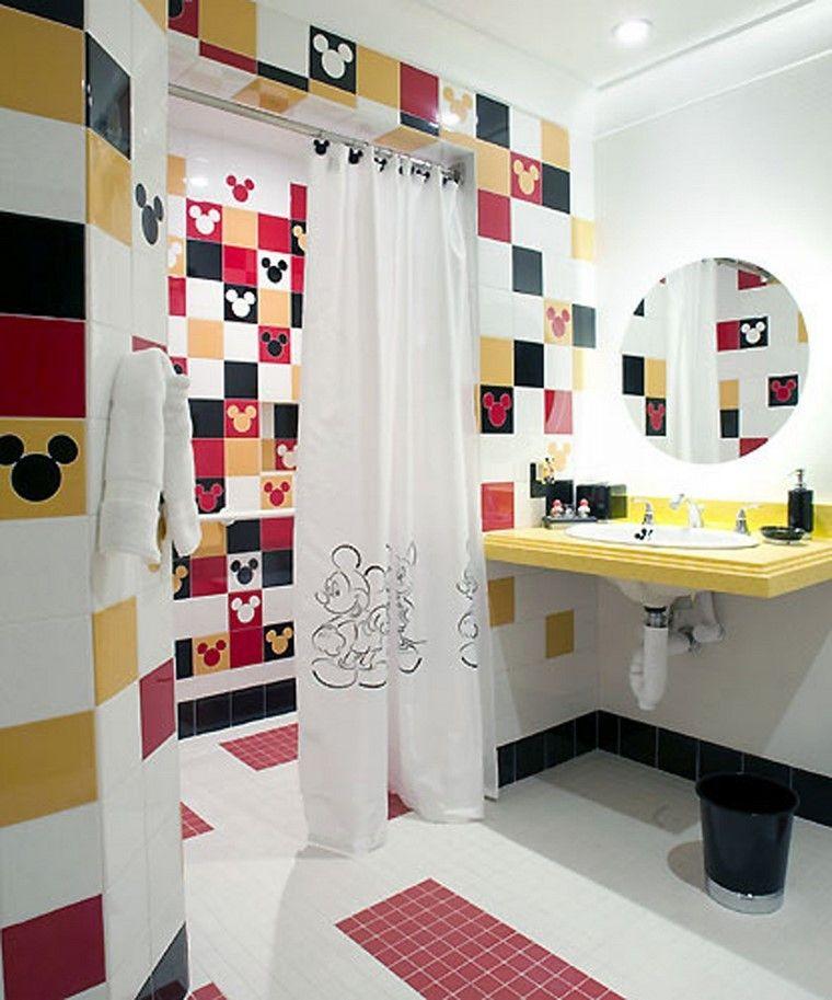 estilo alegre vintage baño rojo negro blanco