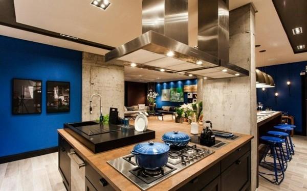 estilosa cocina color azul marino