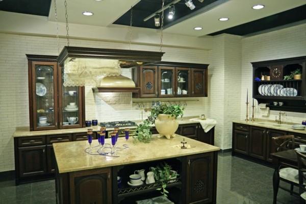 estupenda cocina diseño clásico mármol