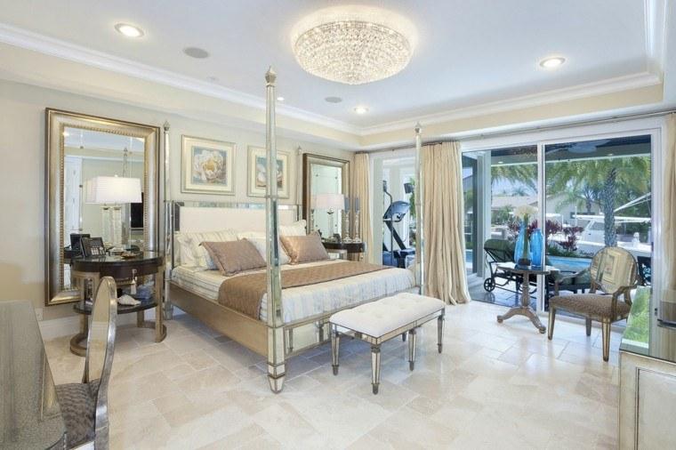 estupenda habitación lujosa espejos decorativos