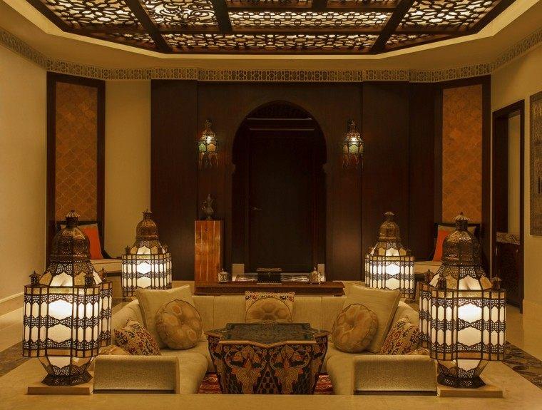 faroles grandes iluminan salon idea estilo interesante marroqui