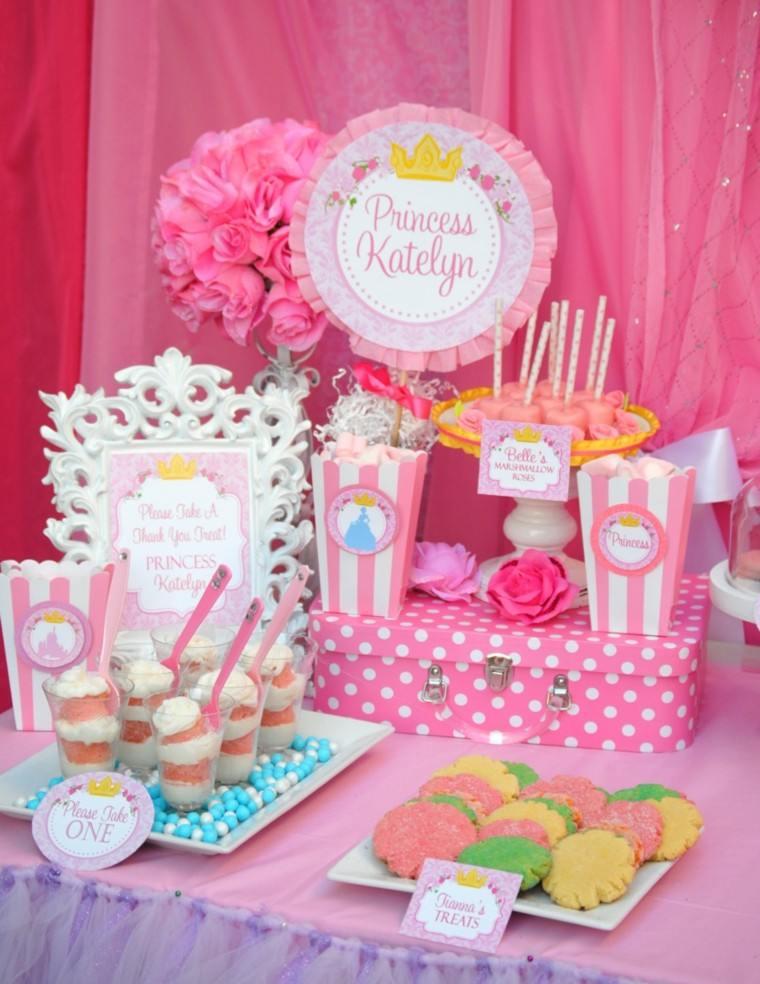fiesta cumpleanos ideas chicas colores rosa mesa princesa