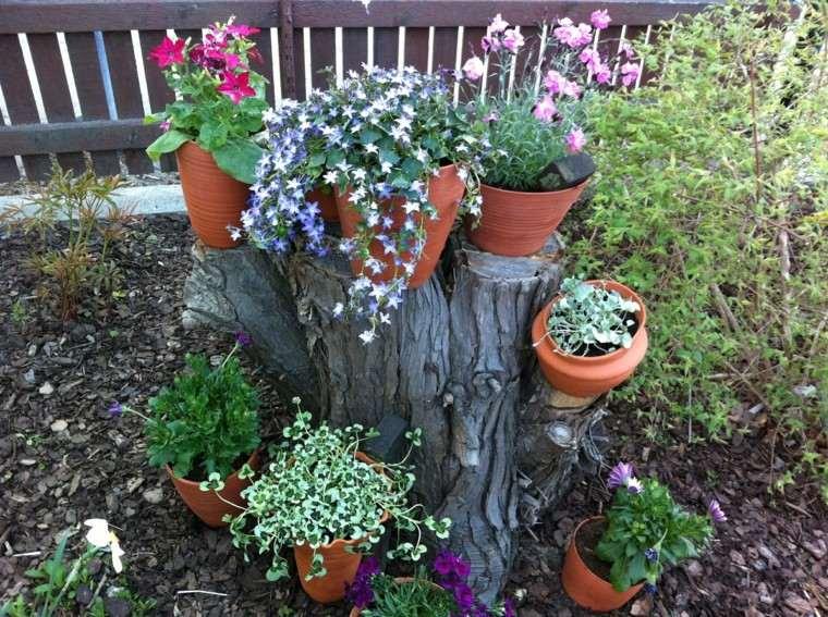 Flores bonitas que no deben faltar en el jard n for Macetas decoradas para jardin