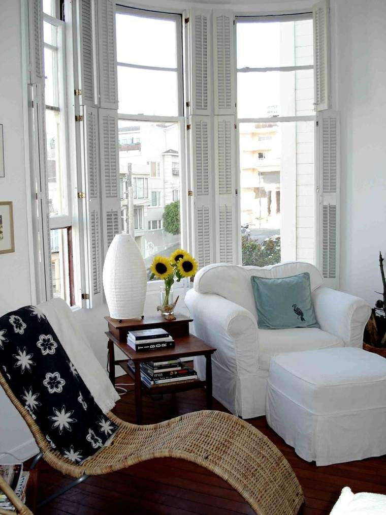flores girasoles tumbona sofa luz