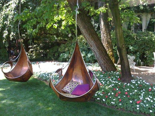 Muebles e ideas de accesorios modernos para el jard n for Sillas colgantes para jardin