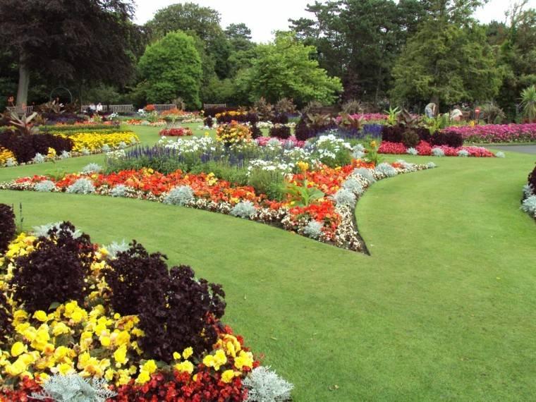 ideas originales jardines amplios flores bonito