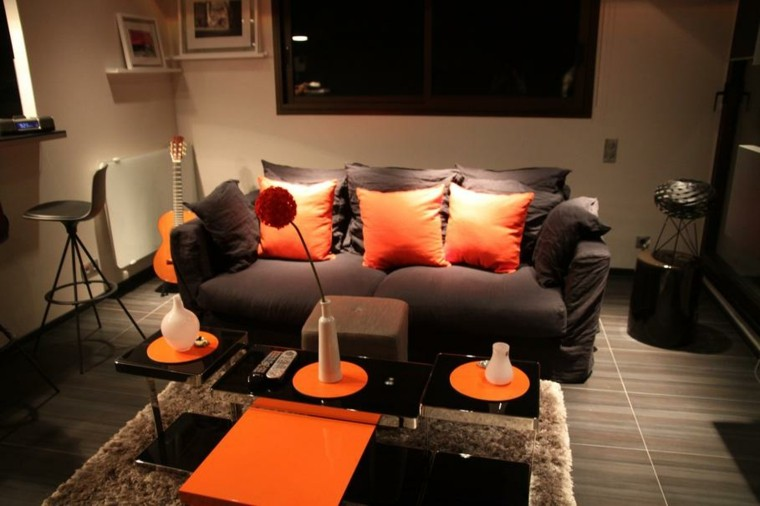 ideas para decorar salones naranja tenue flor