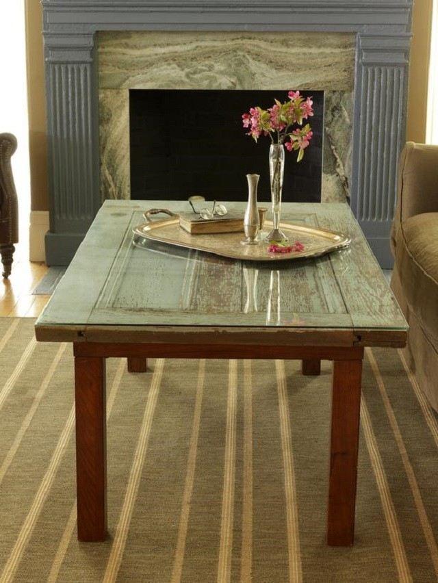 Ideas para muebles diy justos a tu medida for Mesas con puertas antiguas