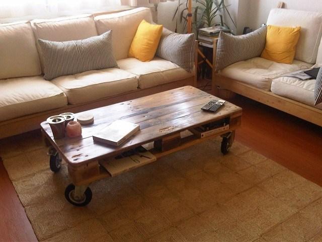 ideas para muebles sofa cojines mesa pale