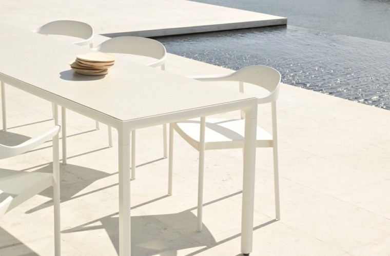 imagen cerca sillas mesa diseño estilo nueva coleccion