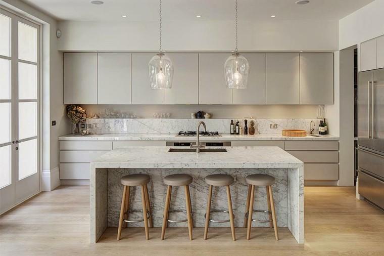 isla grande mármol cocina moderna