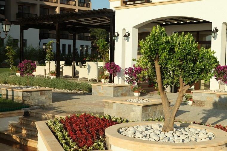 Arquitectura y dise o de jardines modernos - Paisajismo jardines casas ...