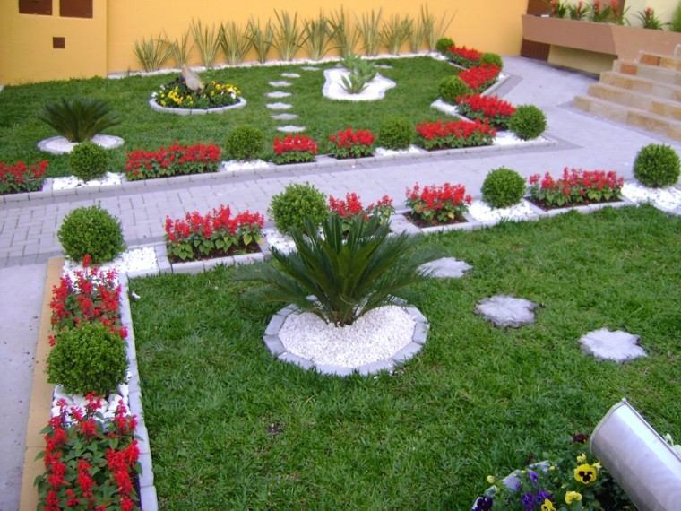 jardin decorado cesped flores ideas modernas