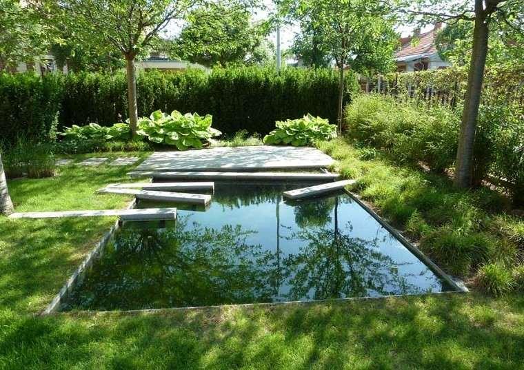 jardin piscina estanque trampolines torcidos