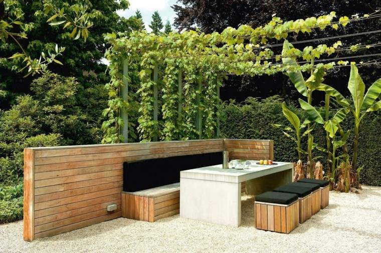 jardin moderno piedras pergola plantas trepadoras