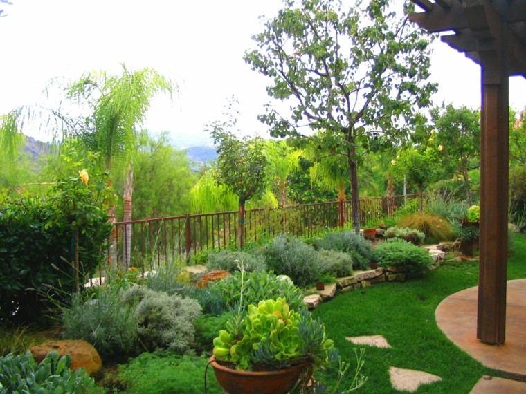 jardin moderno plantas diseno mediterraneo verde