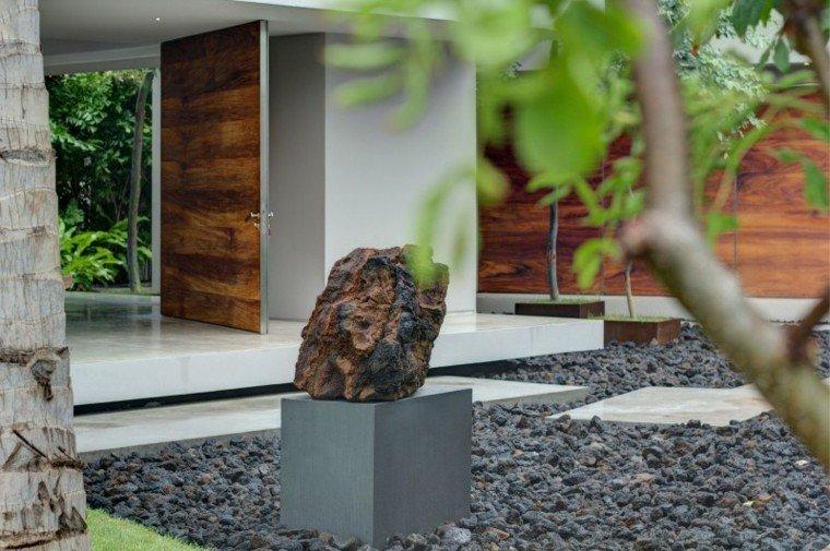 jardin moderno rocas negras